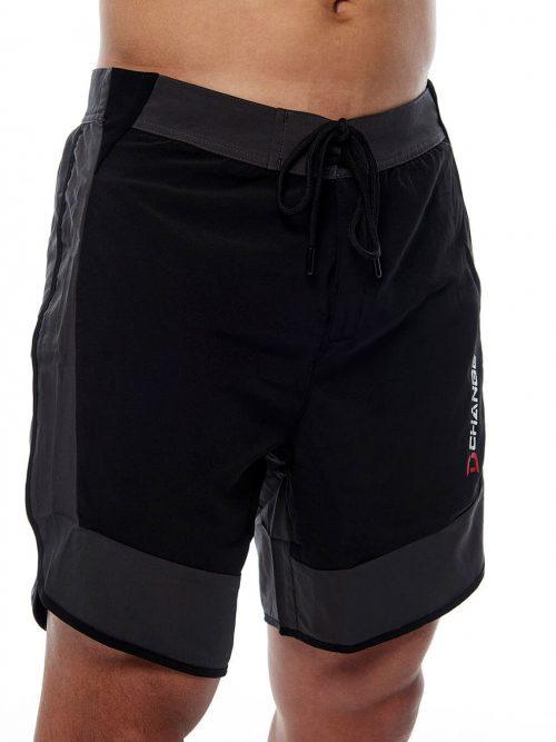 Svarta kombishorts som är snabbtorkande shorts. Crossfit shorts herr med snörning. Bra crossfit kläder herr.
