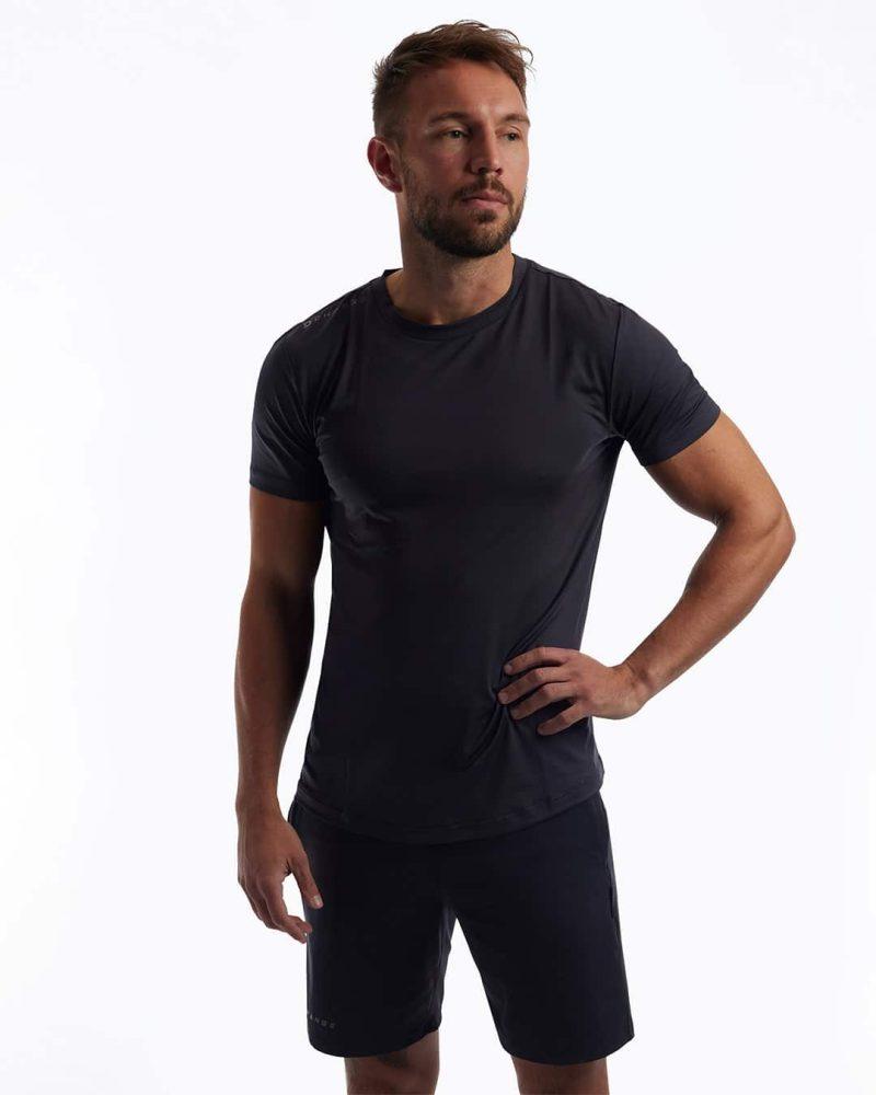Crossfit kläder som är ekologiska träningskläder. Grön crossfit tröja. Crossfit kläder herr.