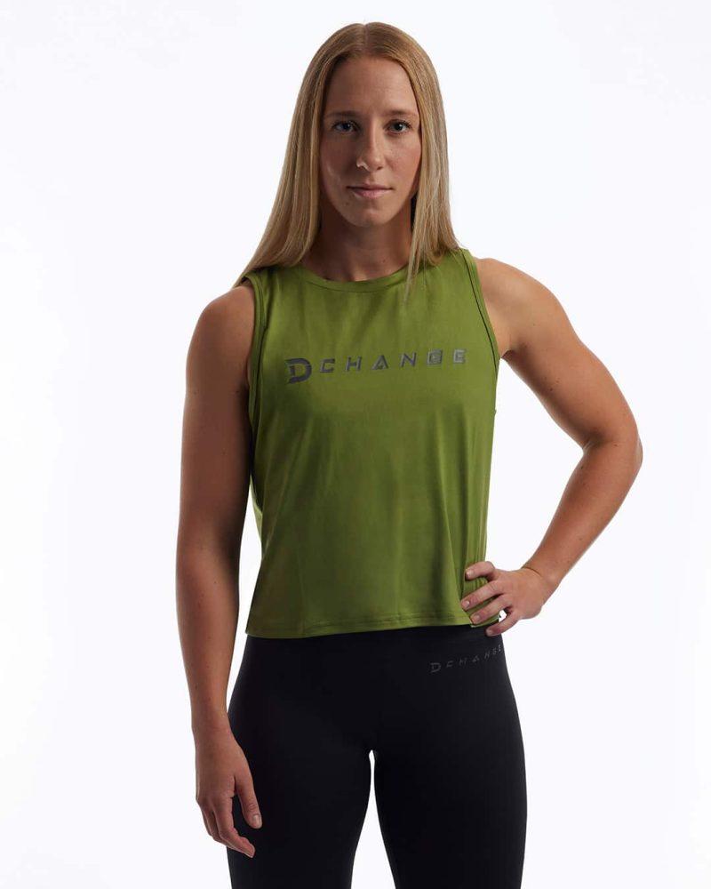 Crossfit kläder som är ekologiska träningskläder. Grön crossfit crop top.